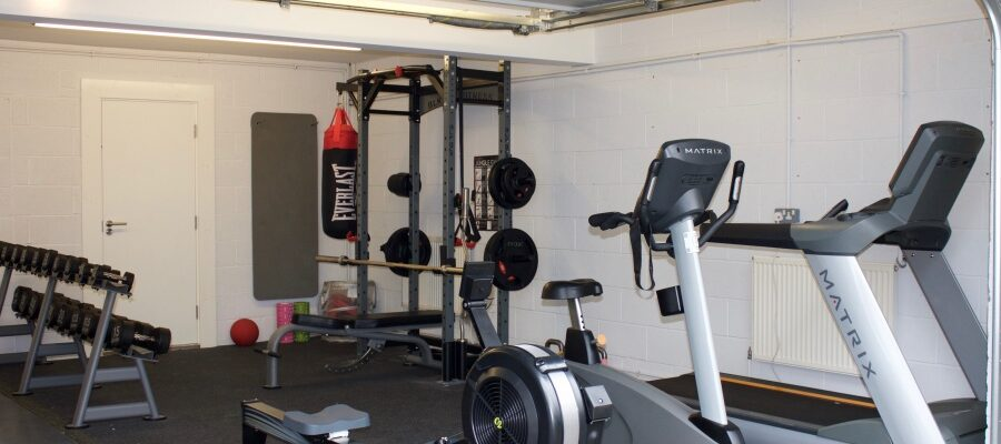 3 Tips For Turning Your Garage Into A Home Gym